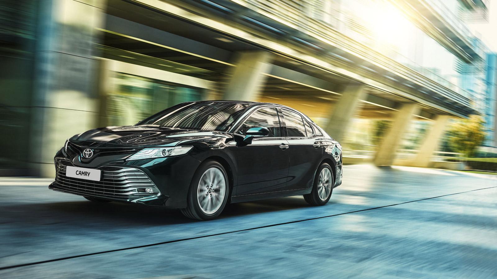 Toyota Camry 2020 – комплектации и цены нового кузова