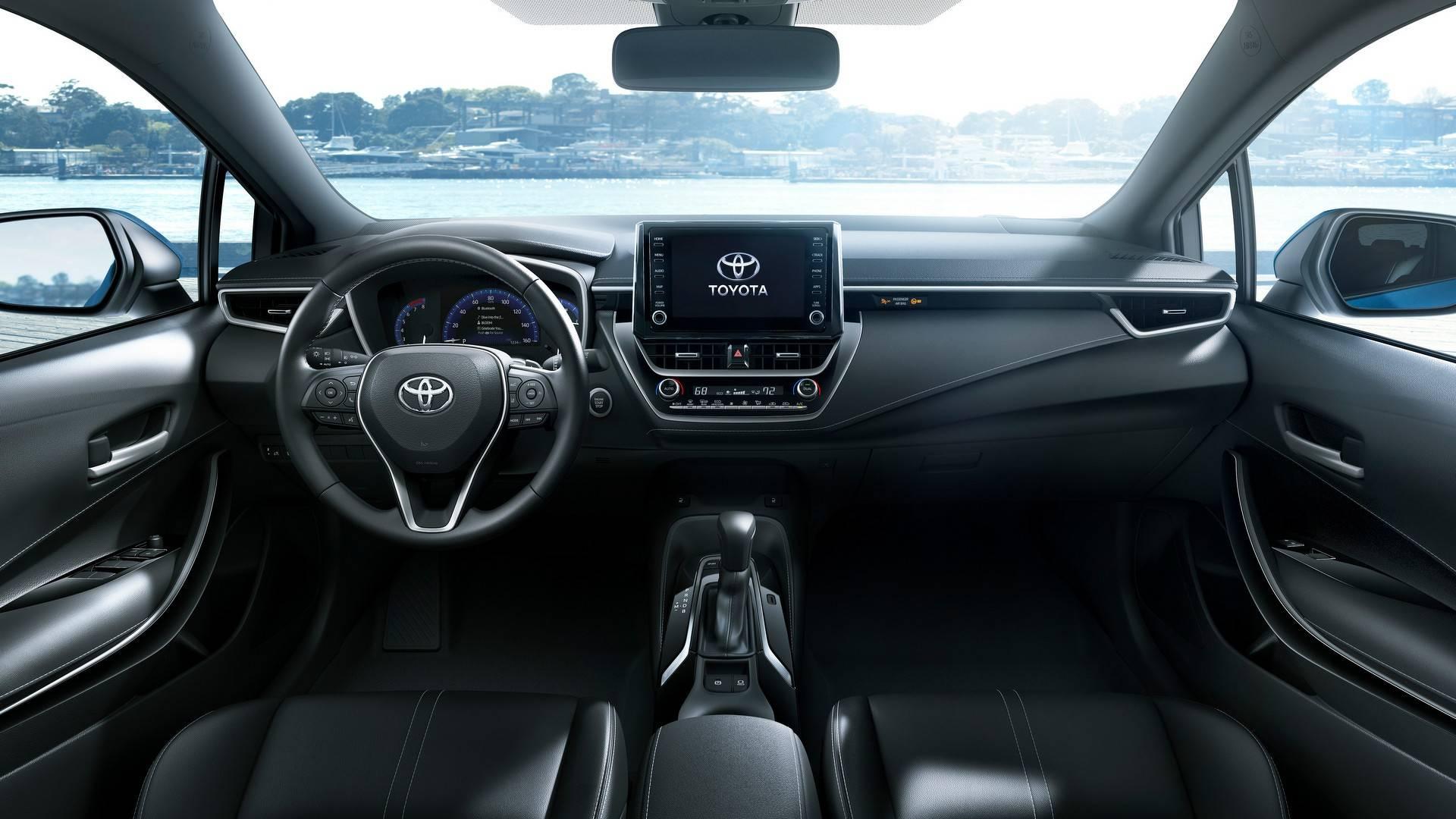 Toyota Corolla 2018 interior