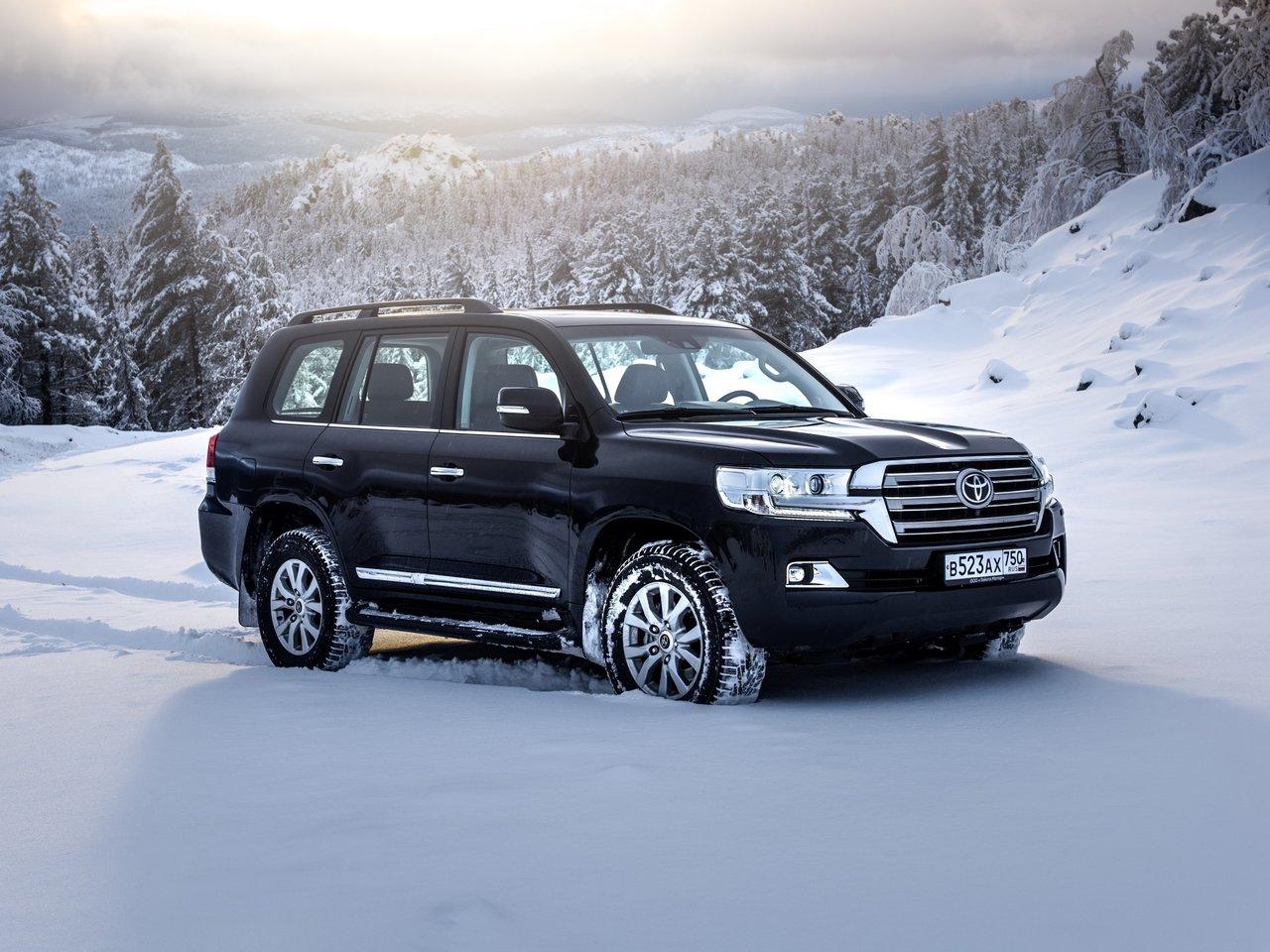 Toyota Land Cruiser 200 2020 – Цены и комплектации нового кузова