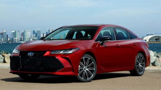 Toyota Avalon 2019 – цена, фото и выйдет ли в России новый кузов?